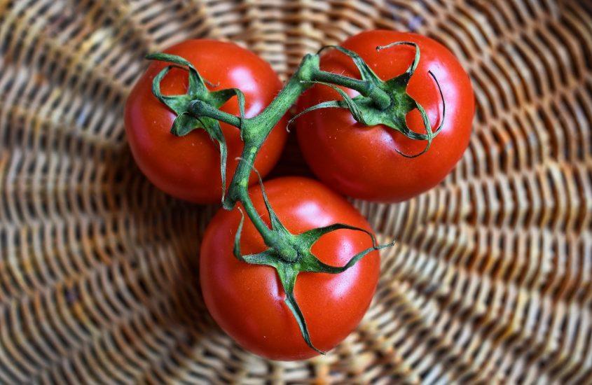 La salsa di pomodoro, il rituale estivo