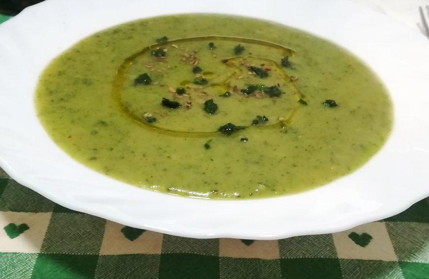 Vellutata di broccolo al profumo verde