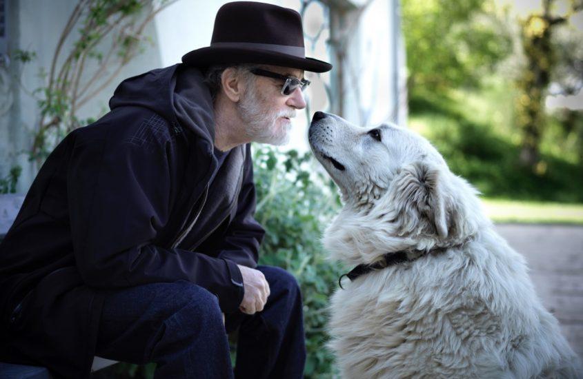 LNDC omaggia De Gregori: i cani, una passione comune