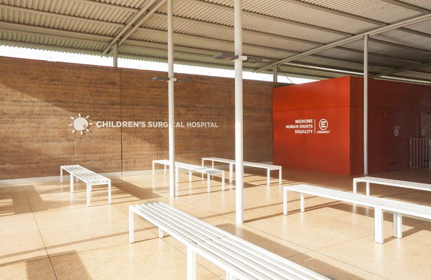 Da Venezia a Entebbe per l'ospedale pediatrico di Emergency ideato da Renzo Piano