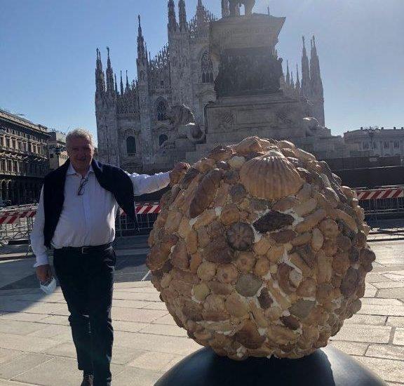 Il Globo di pane 'benefico' arriva a Venezia